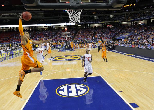 Big Changes at Tennessee | College Sports Madness