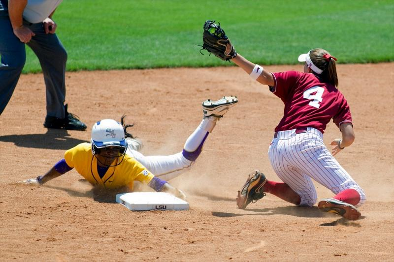LSU College Softball Simone Heyward